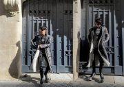 Pakai High Heels, 6 Idol K-Pop Pria Ini Berani Dobrak Stereotipe Gender
