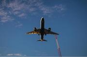 Iran-AS Membara, Maskapai Ramai-ramai Batalkan Penerbangan