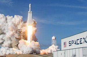Elon Musk Ngaku Cemas Sebelum Falcon 9 Gagal Lepas Landas