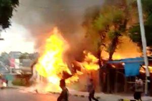 Diduga Akibat Korsleting, 7 Kamar Kos di Atambua Barat Ludes Terbakar