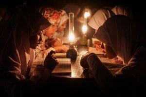 PLN dan YBM UID Jabar Sambungkan Listrik Gratis untuk 33 Madrasah