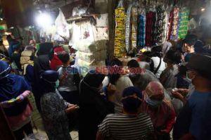 PSBB Transisi, Masyarakat Diimbau Tak Bawa Anak Kecil ke Pasar