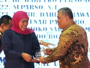 Kepala Bappeda Jatim Berpulang, Khofifah: Duka Mendalam Keluarga Pemprov Jatim