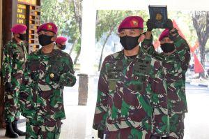 Begini Prosesi Sertijab Komandan Yonif 3 Marinir di Tengah Pandemi COVID-19