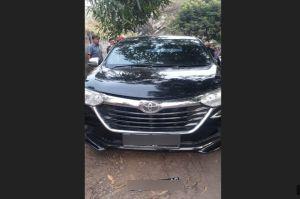 Mayat Penuh Luka tembak Ditemukan Tertelungkup di Dalam Mobil