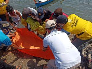 Warga Probolinggo Dikejutkan Mayat di Atas Perahu