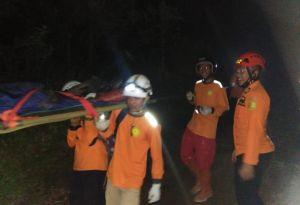 Terpeleset di Gunung Sindoro, Pendaki Asal Solo Berhasil Diselamatkan