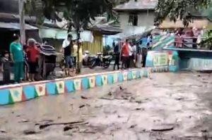 Banjir Bandang Disertai Kayu dan Lumpur Hantam Kebun dan Sawah Warga Kerinci