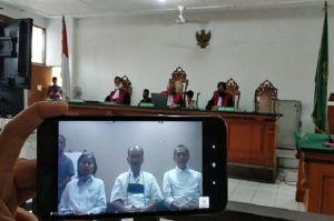 Dituntut 4 Tahun Penjara, 3 Petinggi Sunda Empire Ajukan Pembelaan