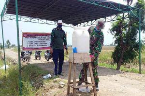 Duh, Kehausan Anggota Satgas TMMD Ini Nyaris Minum Air Cuci Tangan