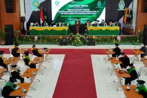 7.329 Mahasiswa Baru Antusias Dengarkan Petuah Rektor UIN Bandung
