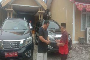 Cuti Pilkada , Wakil Bupati Muratara Kebalikan Mobil dan Keluar Rumah Dinas