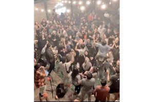 Viral! Ratusan Pengunjung Joget, Broker Coffe and Roastery Disegel Polisi