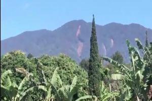 Beredar Kabar Gunung Salak Bogor Terbelah, Ini Penjelasan BNPB