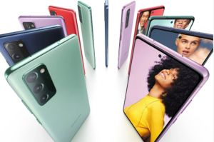 Samsung Galaxy S20 FE Penuh Life Style Baru