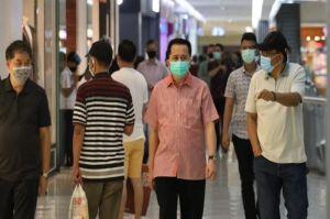 Fatoni Pantau Penerapan Protokol Kesehatan di Pusat Keramaian Manado
