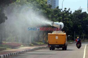 Cegah COVID-19, Damkar Jakarta Timur Sudah Semprot Disinfektan di 6.810 Lokasi