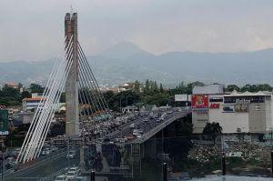 Polisi Rekayasa Lalin saat Long Weekend, Ini Jalur Alternatif Hindari Kemacetan