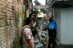 Dampak Gempa 5,9 SR Pangandaran, Belasan Rumah di Ciamis Ambruk-Warga Terluka