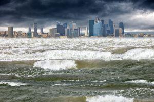 5 Tsunami Besar yang Pernah Meluluhlantakkan sebuah Daerah