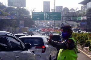 Bogor Perpanjang PSBB, Pengawasan Wisata Puncak Diperketat saat Libur Panjang