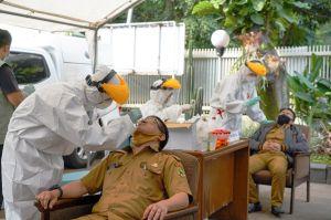 Libur Panjang, Jabar Gelar Swab-Rapid Test Acak di Objek Wisata-Hiburan Malam