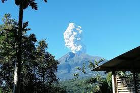 Dalam 11 Menit, Terjadi Empat Kali Guguran di Gunung Merapi