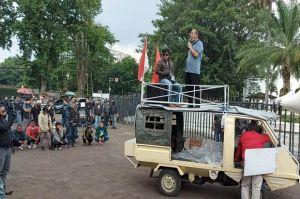 Tolak Unjuk Rasa Anarkistis, Front ATS Gelar Aksi Damai di Gedung Sate