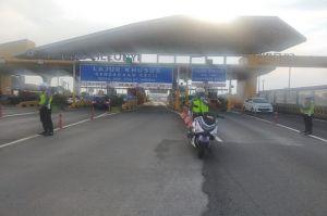 8.000 Kendaraan Per Jam Keluar Masuk Gerbang Tol Cileunyi