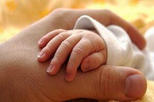 Inilah Sunnah Rasulullah dalam Menyambut Kelahiran Anak