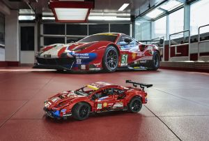 Super Realistis, Lego Technic Ferrari 488 GTE Terbuat dari 1.677 Balok