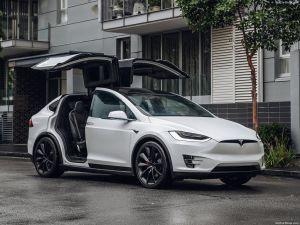 Modal Bluetooth, Tesla Model X Bisa Dicuri dan Diretas