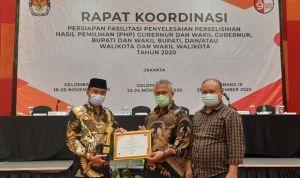 KPU Pangandaran Mendapat Penghargaan JDIH Terbaik Tingkat Nasional
