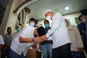 Ustaz Abdul Latief Khan Sebut Keluarga Bobby Nasution Dekat dengan Masjid