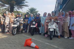 Edukasi Safety Riding Naik Motor On Road dan Off Road untuk Pelajar dan Guru