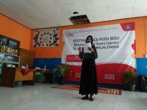 Kepercayaan Diri Tuna Rungu dan Wicara di Majalengka Lomba Baca Puisi Bisu