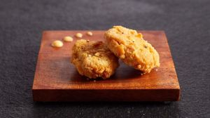 Menikmati Chicken Nugget Buatan, Mungkinkah Menyenangkan?