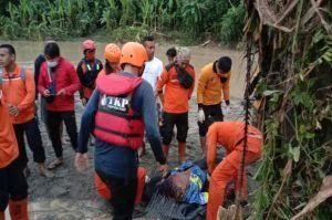 5 Orang Dilaporkan Tewas Akibat Banjir di Medan