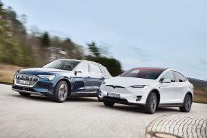 Pabrikan Ramai-ramai Bakar Uang Buat Mengalahkan Tesla