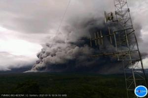 Gunung Semeru Meletus, PVMBG Keluarkan Status Level Waspada