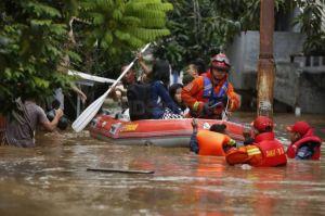 Waspada Banjir, BPBD Kabupaten Bekasi Siagakan28 Perahu Karet