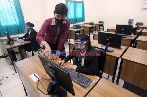 Kualitas Lulusan SMK Pariwisata Dikeluhkan, DPR Ingatkan Sandiaga Uno