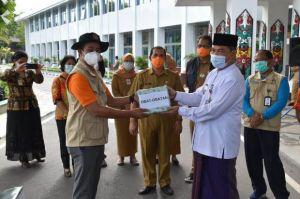 Sekda Kalteng Lakukan Pelepasan Relawan Tim Kesehatan ke Banjar, Kalsel