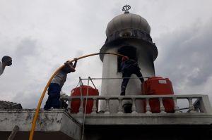 Menara Masjid di Bogor Terbakar Jelang Salat Jumat, Jamaah Panik Berhamburan