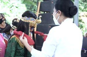 Hetty Andika Perkasa Terkesan dengan Tari Sintren Indramayu