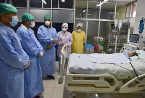 Pasca Operasi Pemisahan, Gubernur Sumut Pastikan Bayi Kembar Adam-Aris Sehat