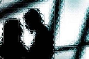 Polisi Ringkus Pasangan Mesum di Halte Kramat Jakarta Pusat