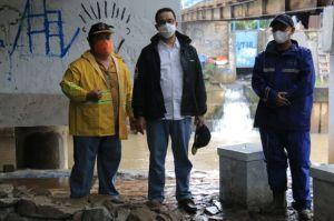 Diam-diam Anies Tinjau Kolong Jembatan Pegangsaan yang Sempat Didatangi Mensos Risma