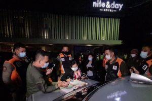4 Wanita Cantik Tak Berkutik saat Razia di Diskotik Triple X Surabaya