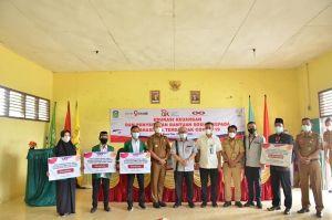 Bupati Sukandar Hadiri Penyerahan Bantuan OJK Jambi kepada Mahasiswa IAI